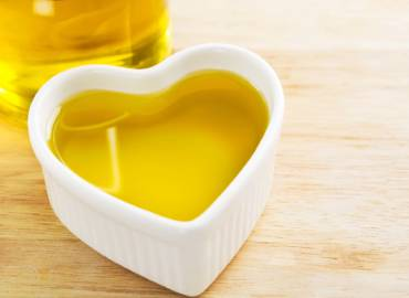 Olive Oil Prevents Heart Attacks